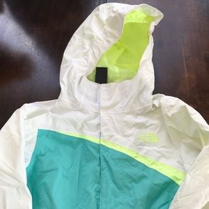 Girls The North Face Hyvent jacket, size 7/8.